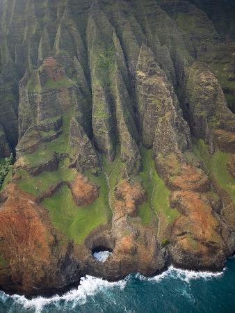 sergio-ballivian-aerial-shots-of-the-kauai-island-in-hawaii