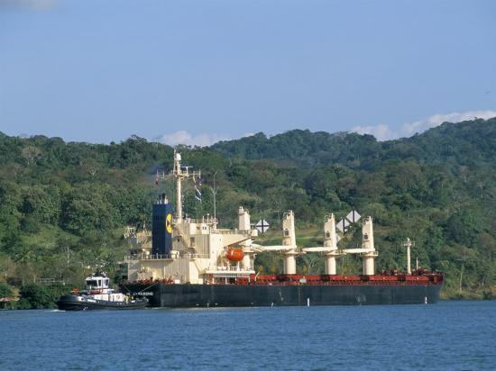 sergio-pitamitz-cargo-ship-in-culebra-cut-panama-canal-panama-central-america