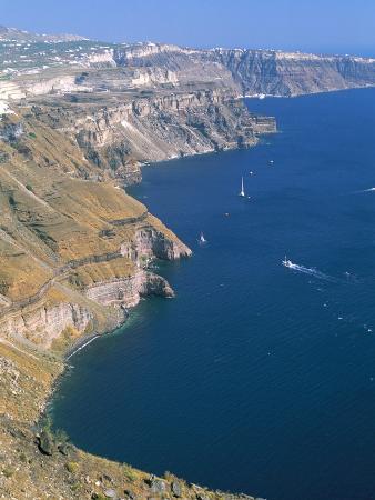 sergio-pitamitz-cliffs-on-basin-of-caldera-island-of-santorini-thira-cyclades-islands-greece