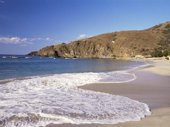 sergio-pitamitz-playa-manzanillo-isla-margarita-venezuela-south-america