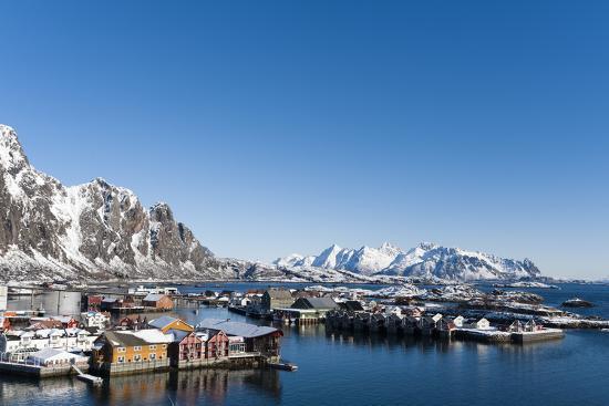 sergio-pitamitz-svolvaer-lofoten-islands-nordland-arctic-norway-scandinavia