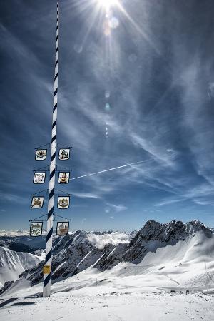 sheila-haddad-bavarian-alps-zugspitze-germany-and-maypole-in-winter-vertical