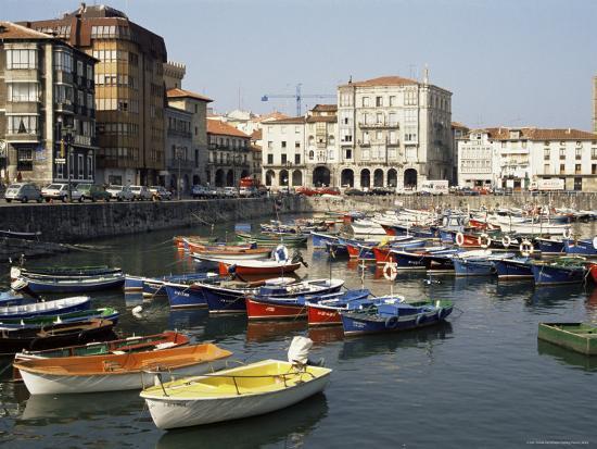 sheila-terry-harbour-castro-urdiales-cantabria-spain