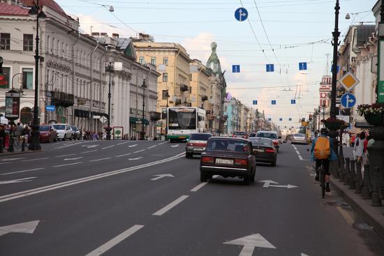 sheldon-marshall-nevsky-prospect-st-petersburg-russia-2011
