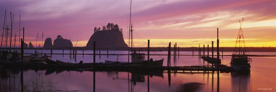 silhouette-of-boats-at-the-dock-olympic-peninsula-northwest-washington-state-usa