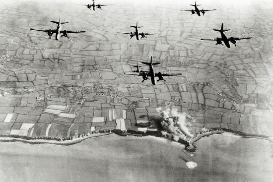 six-u-s-a-20-bombers-have-bombed-german-positions-at-the-pointe-du-hoc-coastal-battery