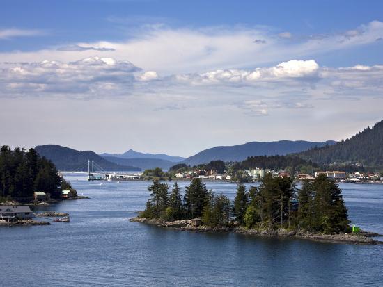 small-islands-in-sitka-sound-baranof-island-southeast-alaska-usa