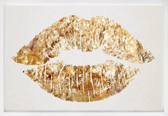 solid-gold-kiss-framed-art-ivory