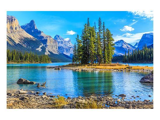 spirit-island-lake-maligne