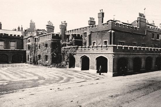 st-james-palace-london-20th-century