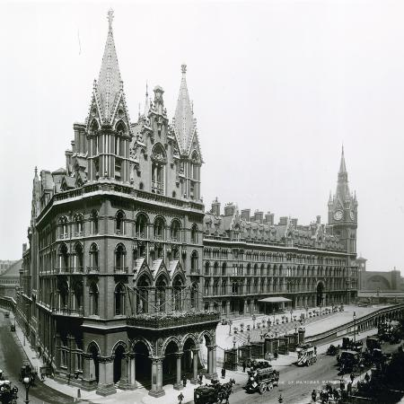 st-pancras-railway-station-photograph-from-april-1899