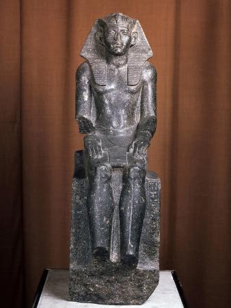 statue-of-the-pharaoh-amenemhat-iii-19th-century-bc