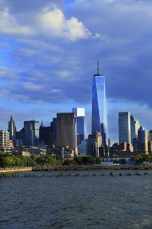 stefano-amantini-downtown-view-with-the-freedom-tower-from-the-hudson-river-greenway