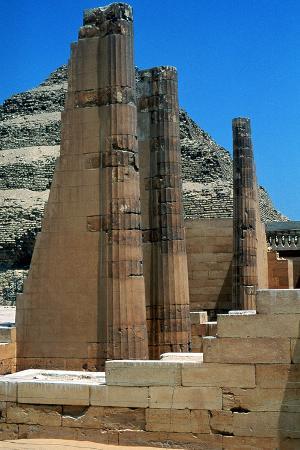 step-pyramid-of-king-djoser-zoze-saqqara-egypt-3rd-dynasty-c2613-bc
