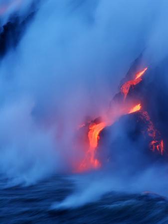 steve-donna-o-meara-hydrochloric-acid-cloud-fills-the-air-when-the-ocean-hits-hot-lava