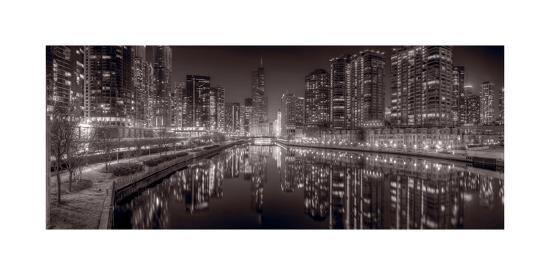 steve-gadomski-chicago-river-east-bw