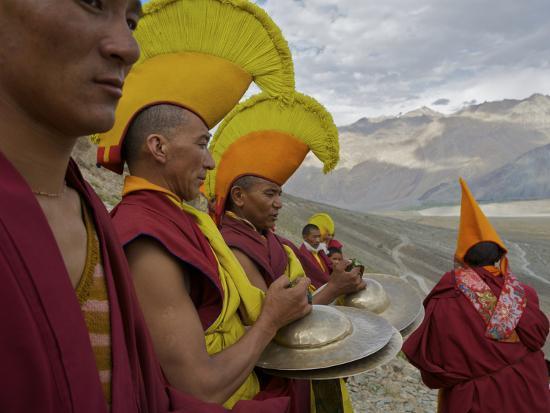 steve-winter-monks-on-day-2-of-the-karsha-gustor-festival