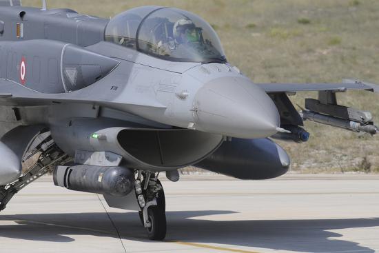 stocktrek-images-a-turkish-air-force-f-16d-block-50-at-konya-air-base-turkey