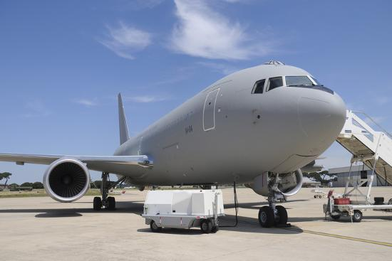 stocktrek-images-an-italian-air-force-kc-767a-tanker-at-pratica-di-mare-air-base-italy