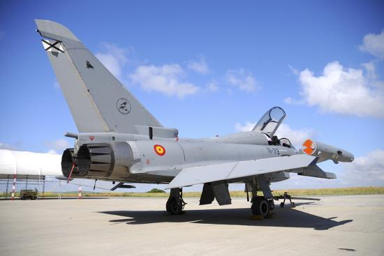 stocktrek-images-eurofighter-ef2000-typhoon-of-the-spanish-air-force