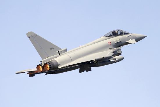 stocktrek-images-eurofighter-typhoon-2000-of-the-italian-air-force