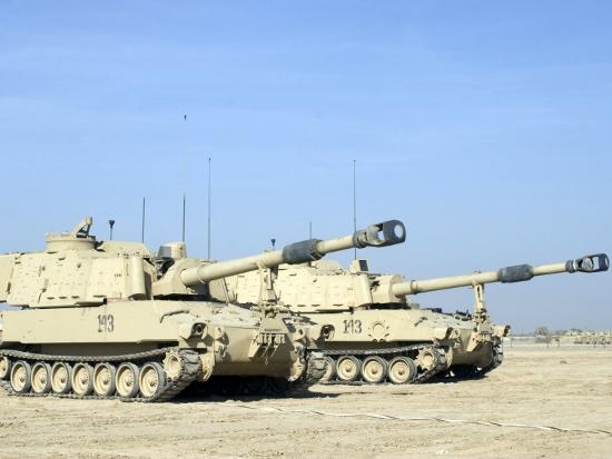 stocktrek-images-m109-paladin-a-self-propelled-155mm-howitzer