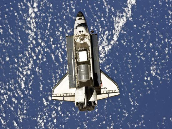 stocktrek-images-space-shuttle-discovery
