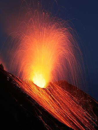 stocktrek-images-strombolian-eruption-of-stromboli-volcano-aeolian-islands-mediterranian-sea-italy