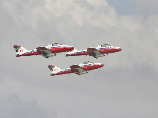 stocktrek-images-the-snowbirds-431-air-demonstration-squadron-of-the-royal-canadian-air-force