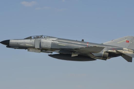 stocktrek-images-turkish-air-force-f-4-phantom-flying-over-turkey