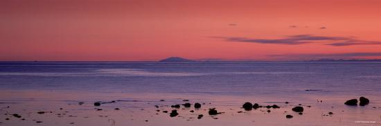 stones-on-the-beach-snaefellsjokull-snaefellsnes-peninsula-iceland