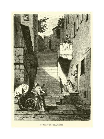 street-in-tremezzo