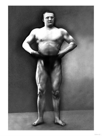 strongman-pose