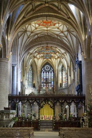 stuart-black-apse-of-tewkesbury-abbey-abbey-church-of-st-mary-the-virgin