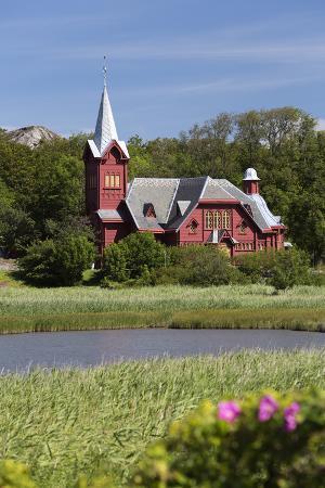 stuart-black-halleviksstrands-kyrka-church-halleviksstrand-orust-bohuslan-coast-southwest-sweden-sweden