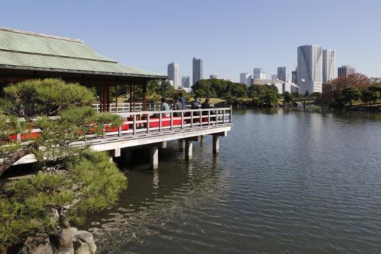 stuart-black-nakajima-teahouse-hamarikyu-gardens-chuo-tokyo-japan-asia