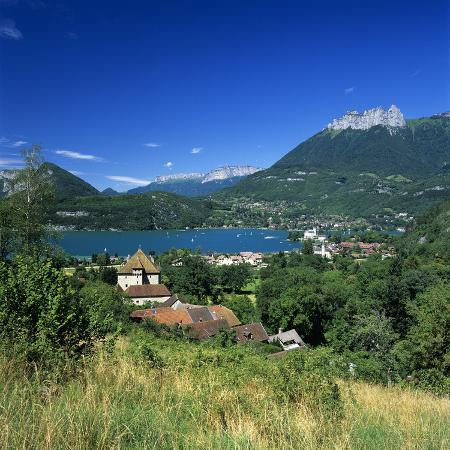 stuart-black-view-over-village-to-lake-duingt-lake-annecy-rhone-alpes-france-europe