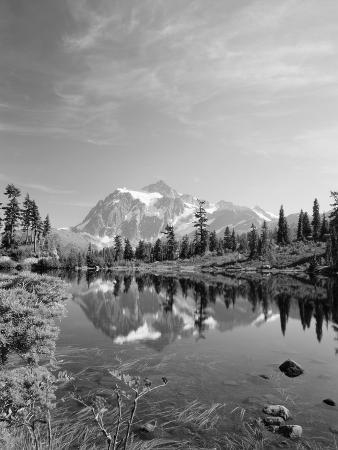 stuart-westmorland-mt-shuksan-with-picture-lake-mt-baker-national-recreation-area-washington-usa