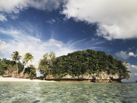 stuart-westmorland-palau-micronesia-view-of-honeymoon-island
