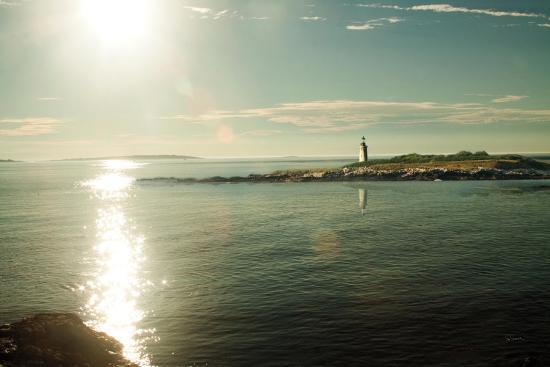 sue-schlabach-lighthouse-sound