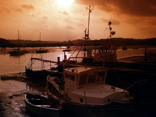 sunset-at-wivenhoe-essex