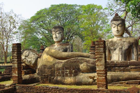 sunstep-buddha-statue-thailand