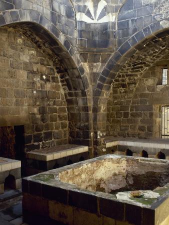 syria-bosra-hammab-manshak-old-public-baths-14th-century-ruins-inside