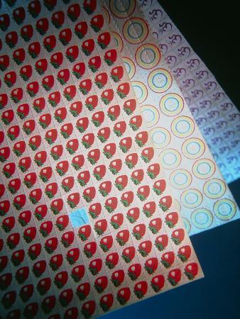 tek-image-sheets-of-lsd-acid-tabs