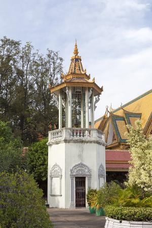 the-bell-tower-of-the-royal-palace-phnom-penh-cambodia
