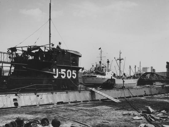 the-captured-german-submarine-u505-at-the-docks-of-the-great-lakes-dredge-and-dock-company