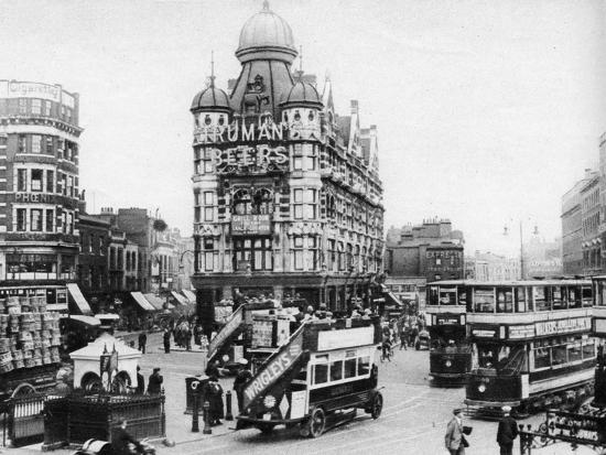 the-elephant-and-castle-london-1926-1927