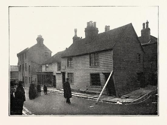 the-landslip-at-sandgate-in-chapel-street-uk-1893