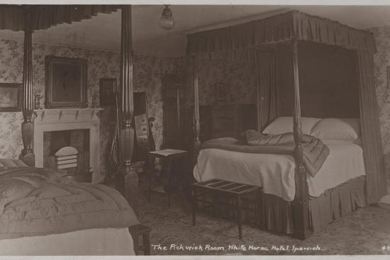 the-pickwick-room-white-horse-hotel-ipswich