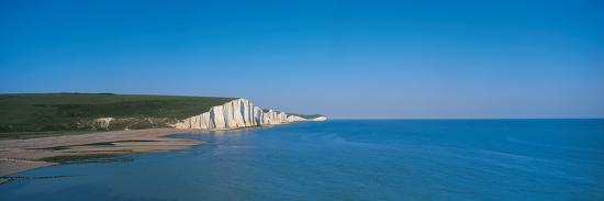 the-seven-sisters-at-beachy-head-sussex-england